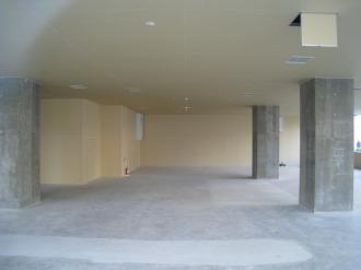 1階テナントスペース内部