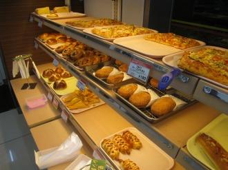 デイリーヤマザキシティハウス武蔵小杉店のパン売り場