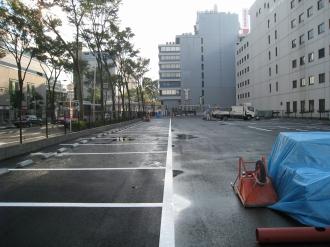 タイムズ武蔵小杉駅前の白線