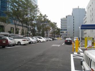 本日のタイムズ武蔵小杉駅前
