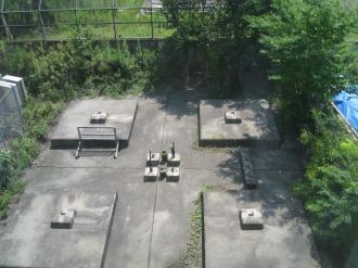 送電鉄塔の足場