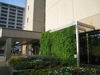 中原区役所の入口付近