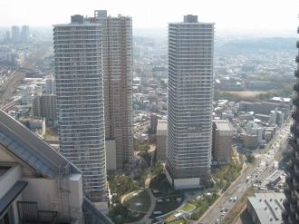 スカイテラスからのリエトコート武蔵小杉・THE KOSUGI TOWER