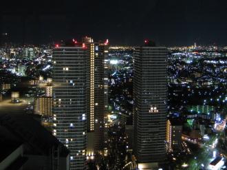 リエトコート武蔵小杉とTHE KOSUGI TOWER