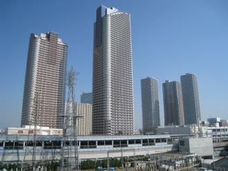 完成した武蔵小杉の再開発ビル群