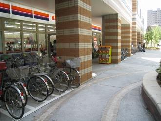 am/pm武蔵小杉駅前店の駐輪スペース