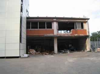 中原消防署旧庁舎の車庫