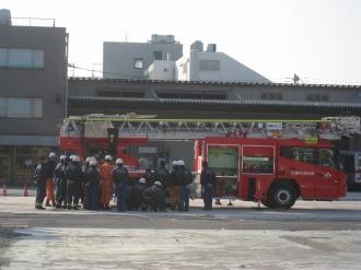 消防隊員の皆さんの集結