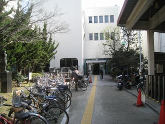 中原図書館入口